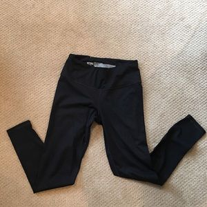 Victoria Sport Knockout Black Tight Legging